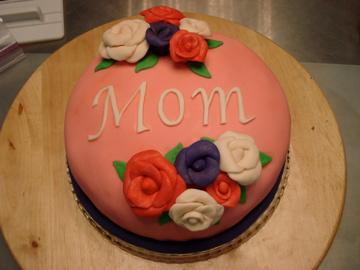 mom+cake+1